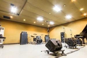 無料駐車場20台!本格的なゲネプロ、リハーサルに特化したスタジオ!の写真