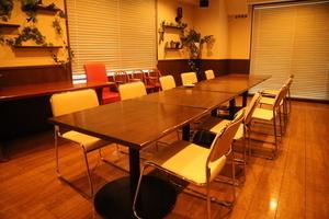シェアオフィス&カフェバー Carroll Gardens : ミーティングルーム(小)の会場写真