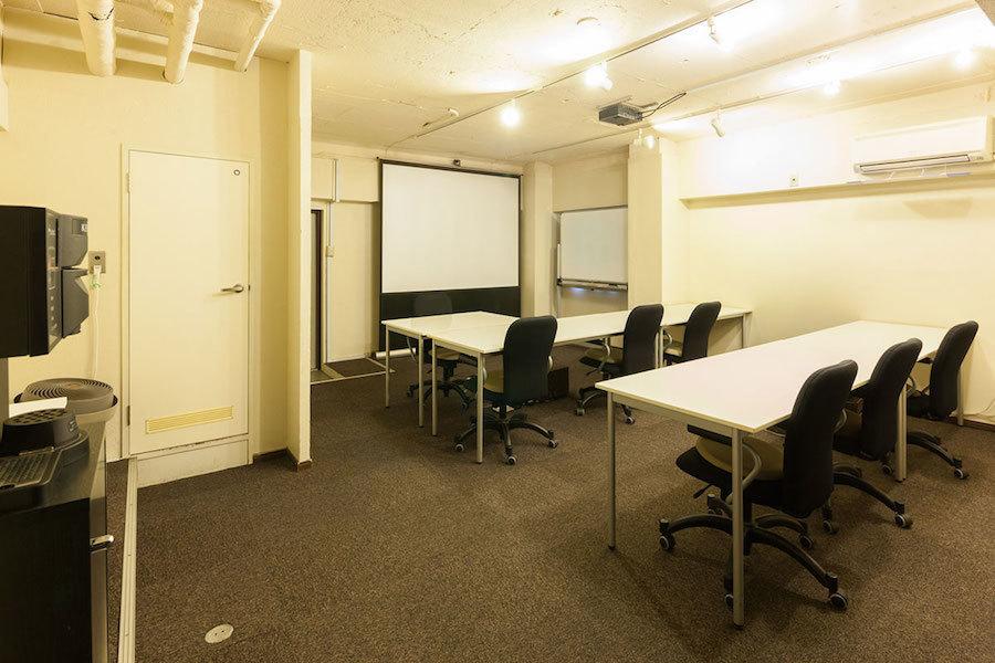 【原宿】ロクナナワークショップ会議室 : 個室会議室の会場写真