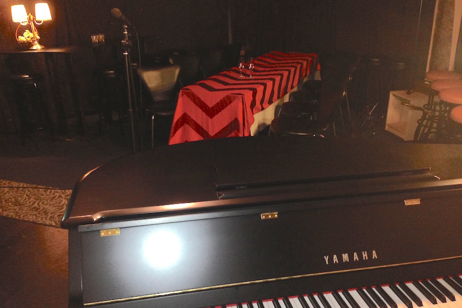 九段イベントスペース「Kira」 : 防音個室(50名収容)の会場写真