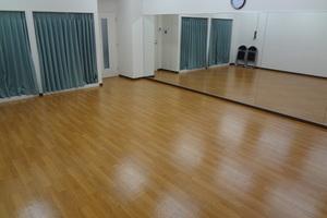 ソニズダンススタジオ方南町店 : Aスタジオの会場写真