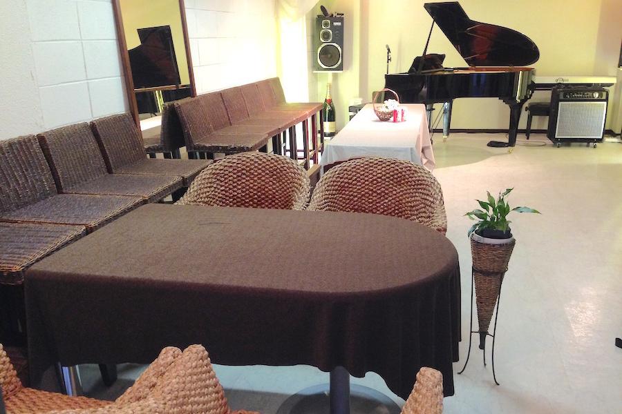 Studio Luna : 個室スタジオ(〜15名利用)の会場写真