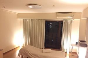 静かでシンプルなお部屋です。の写真