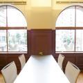 中会議室(4名用)