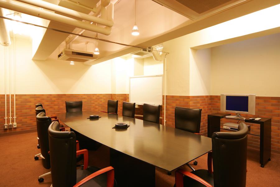 生駒ビルヂング : 大会議室(10名用)の会場写真