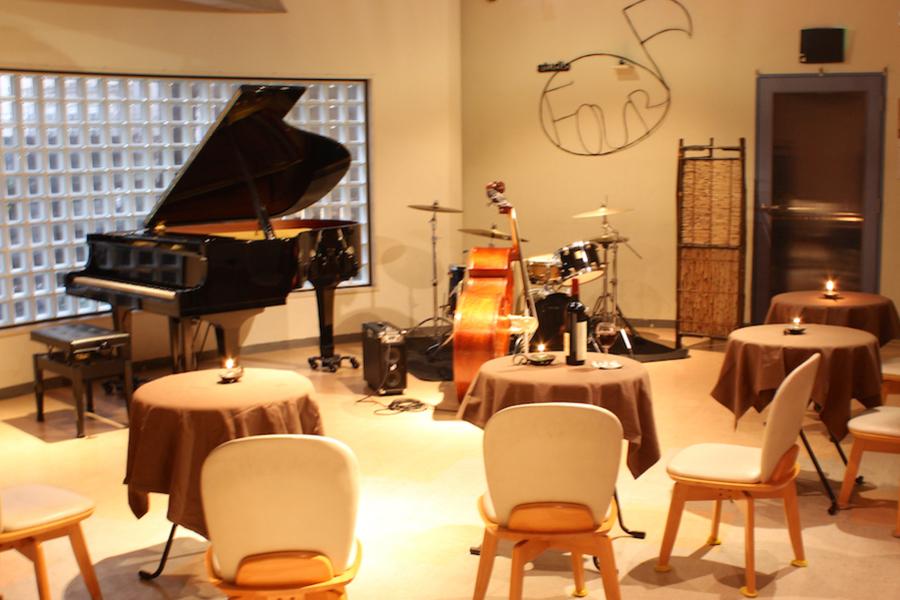 【巣鴨】スタジオフォー : 60名用防音個室の会場写真
