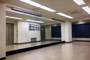 ダンス・お芝居などの稽古やレッスンに最適な鏡付きスタジオ!の写真