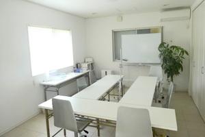 野洲レンタルスペース: 個室会議室の会場写真
