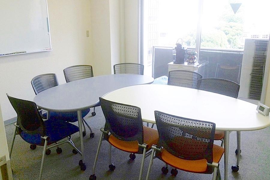 南青山ビジネスセンター ジョーズ : 個室会議室(8名用)の会場写真