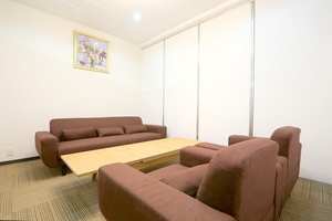 東梅田センターオフィス会議室 : 応接室の会場写真