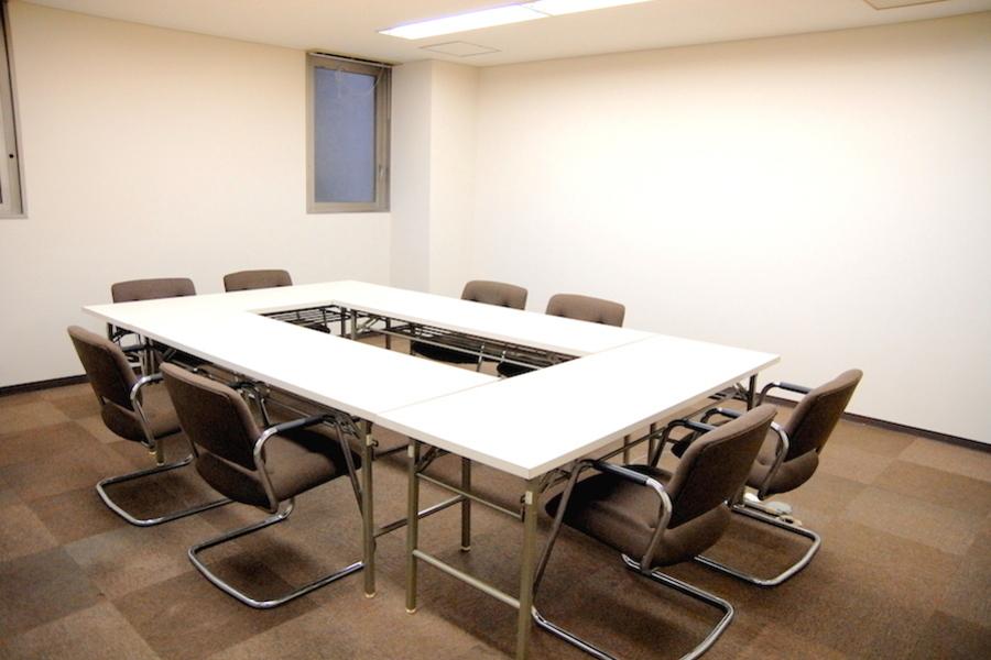 Natuluck赤坂 : 小会議室(3階)の会場写真