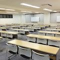 セミナールーム(108名収容)