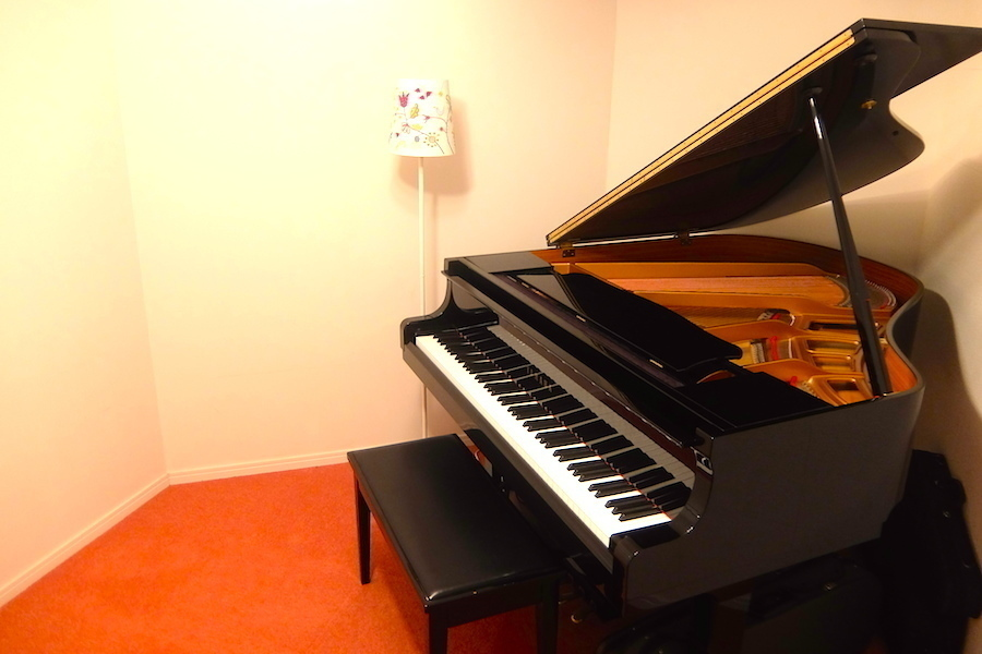 セルヴェ西麻布 ピアノスタジオ : 防音スタジオAの会場写真