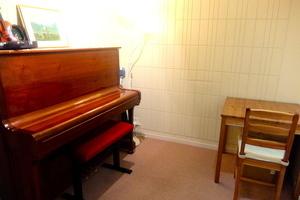 西麻布 防音スタジオB(アップライトピアノ常設)の写真