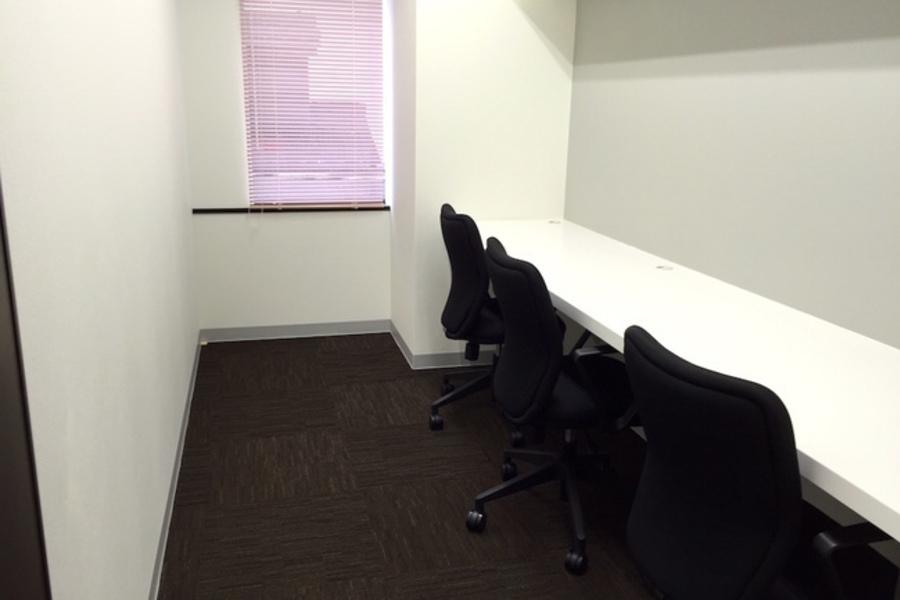 浜松町貸し会議室 : 小会議室(303号室)の会場写真