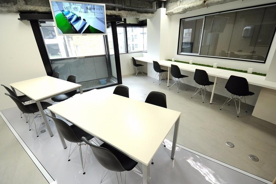 久屋大通ナユタビルディング : 貸切イベントスペースの会場写真