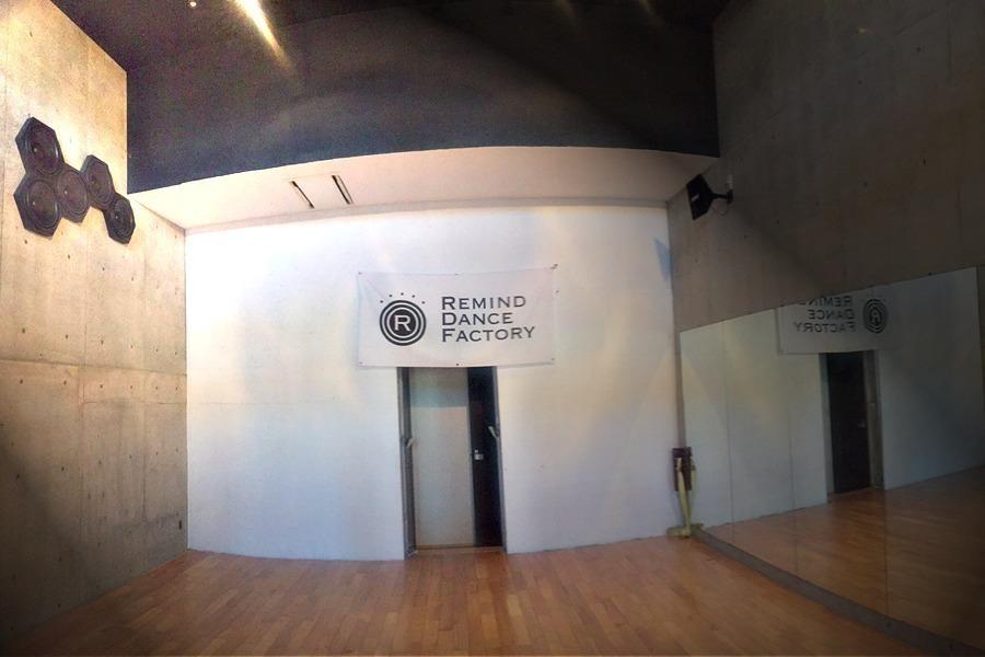 【木津】貸しダンススタジオ Remind Dance Factory : 完全防音スペースの会場写真