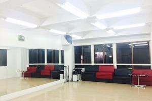 沖縄高原レンタルスタジオ「L'Asie」 : エンターテイメントスタジオ(〜15名)の会場写真