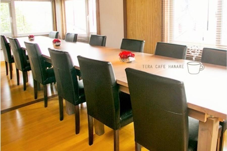 札幌 カフェスペースはなれ : 2F ミーティングルームの会場写真