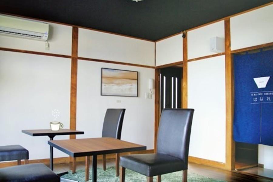札幌 カフェスペースはなれ : 1・2F 貸切プランの会場写真