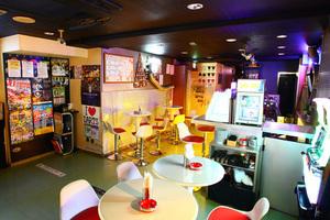 【秋葉原】24時間対応!モニター&ダーツ&カラオケ有り!飲食店なのでパーティーに必要な物いっぱいあるので楽ちん♪の写真