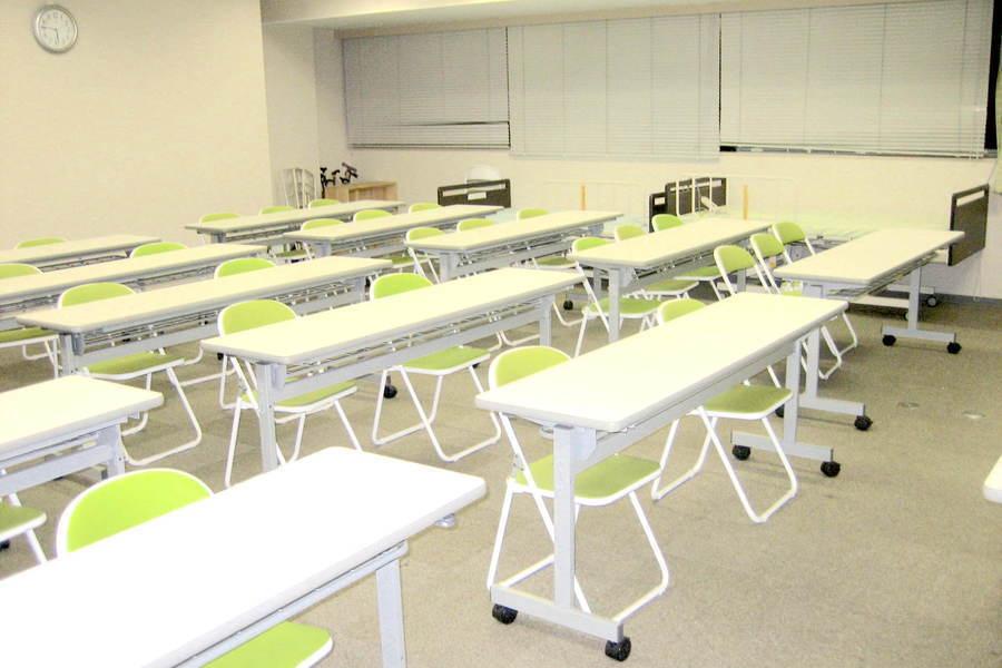 庄内レンタル教室「ベストウェイ」 : B教室(〜25名)の会場写真