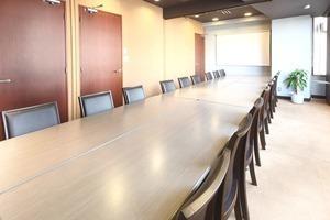【24時間&年中無休!】四ツ谷駅すぐの高級貸し会議室!の写真
