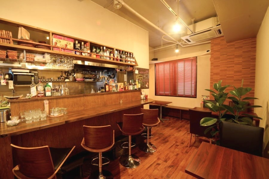 青葉区本町一丁目カフェスペース『プラッテ』 : カフェスペース貸切の会場写真