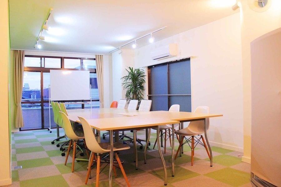 青山タウンヴォイス : 半個室スペースの会場写真