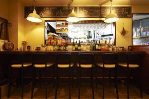 【学芸大学駅・駒沢通り沿い】居心地のいい空間のカフェバースペースを貸切レンタル♪の写真
