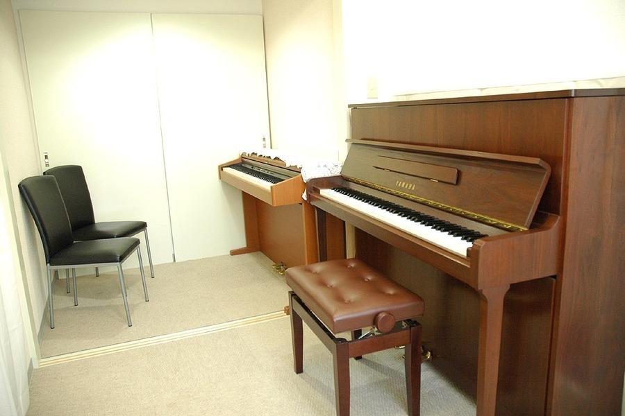 目白レッスンスペース : レッスンスタジオ (ピアノ付)の会場写真