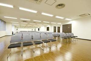 【東新宿】快・決いい会議室 KDX東新宿ビル内 : ホールBの会場写真