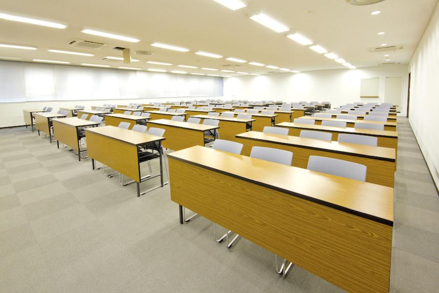 【東新宿】快・決いい会議室 KDX東新宿ビル内 : ホールAの会場写真
