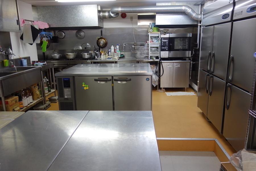 札幌レンタルキッチンスタジオ : 厨房スペースの会場写真