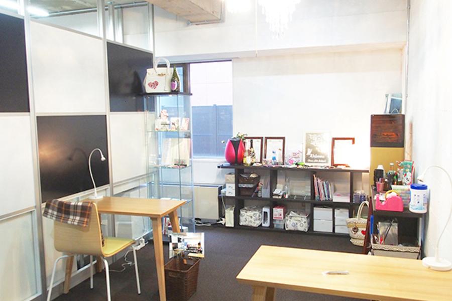 青山一丁目スペース デコアート  : 工作スペースの会場写真