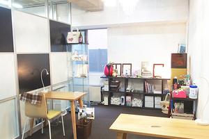 【青山一丁目】ポーセラーツやデコアートに!女性に人気の作業テーブル♪の写真