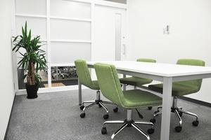 【本町駅すぐ】フリースペース付!広々とした貸し会議室(〜6名)の写真