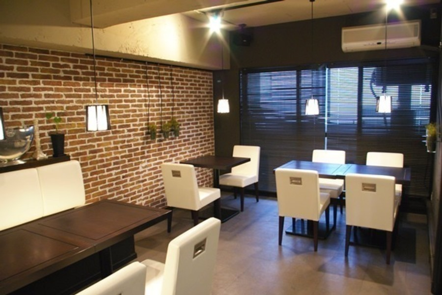 渋谷レンタルスペース : 貸切カフェスペースの会場写真