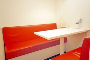 インスタント会議室 銀座店 : 1・2名用カフェタイプのスペース Eの会場写真