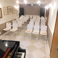 グランドピアノ付き30席のイベントスペース