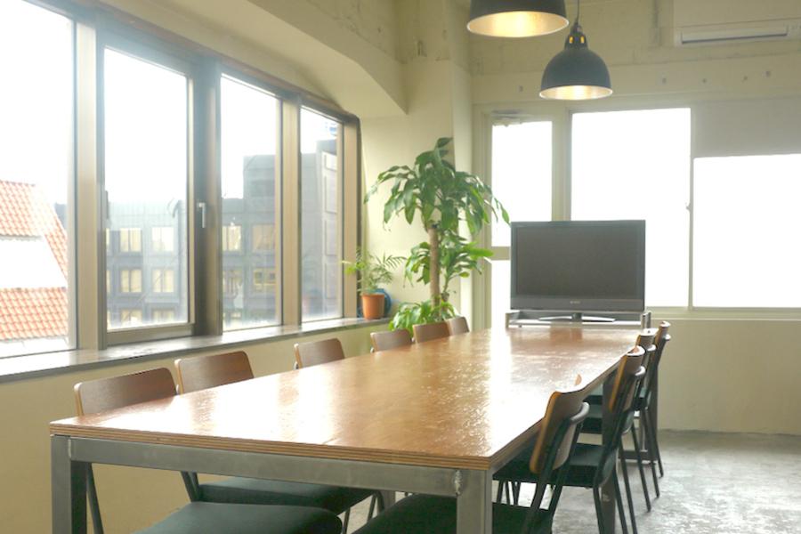 市ヶ谷オフィススペース Lowp : 会議室Cの会場写真