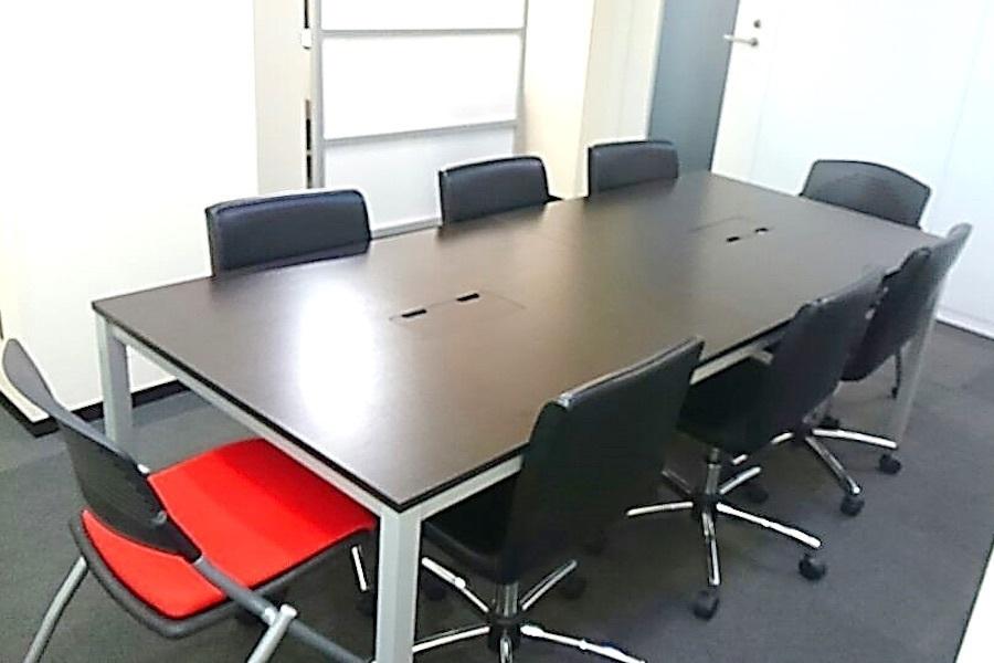 茅場町 大江戸ビル会議室 : 小会議室 (4階)の会場写真
