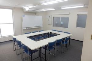 川崎新川通ホール【加瀬会議室】 : 会議室の会場写真