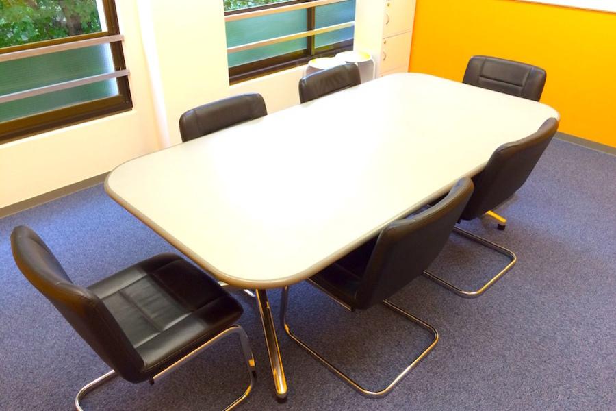 新宿Genki貸し会議室 : 第8会議室の会場写真