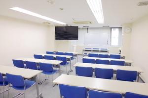 関内駅前ホール【加瀬会議室】 : 会議室の会場写真