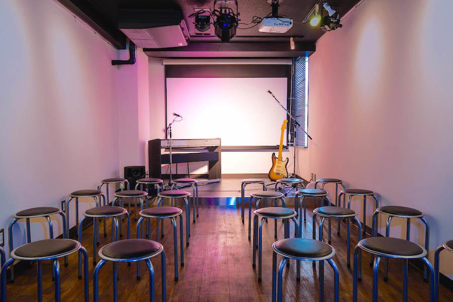 千駄ヶ谷イベントスペース『時遊空間』 : 【映像・音響利用プラン】イベントスペースの会場写真