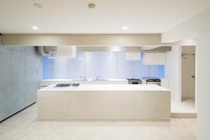 【神谷町駅1分】設備も充実♪おしゃれなキッチンスタジオ!の写真