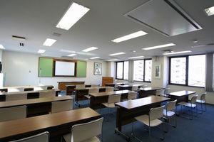 【大阪・福島】駅近!アクセス便利な54名収容の会議室の写真