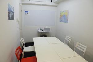 【銀座】駅近!最大8名収容の防音個室スペース【防音】の写真