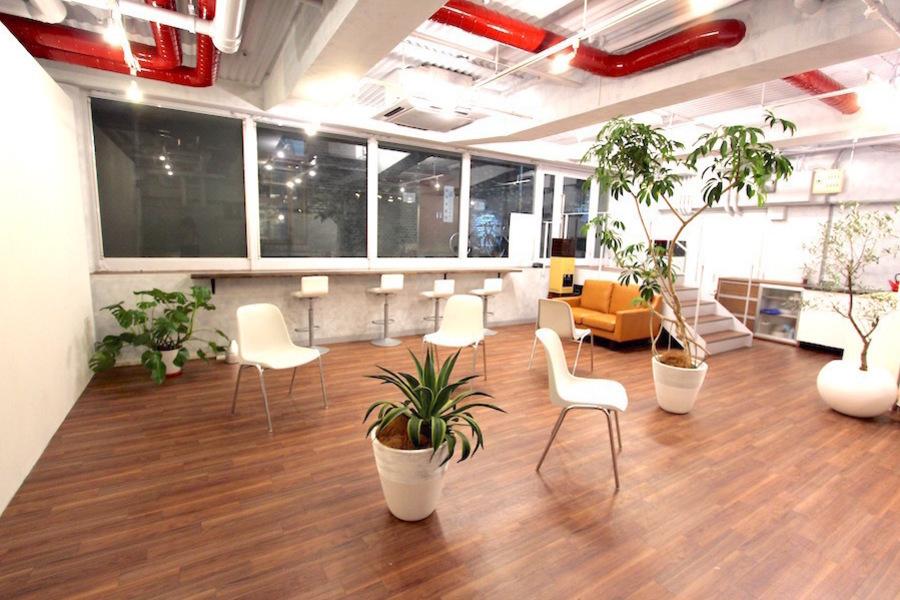 くるくるGlobal Hub : レンタルスペースの会場写真